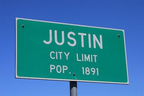 Justin, TX