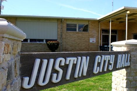 Justin City Hall