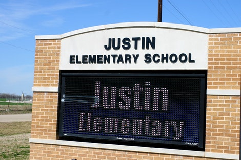 Justin Elementary School