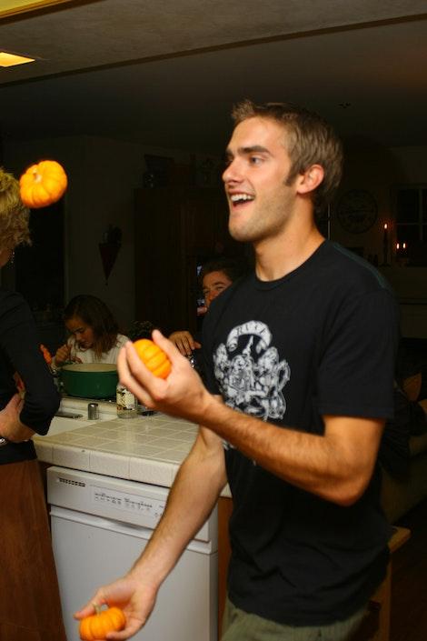 Juggling Dane